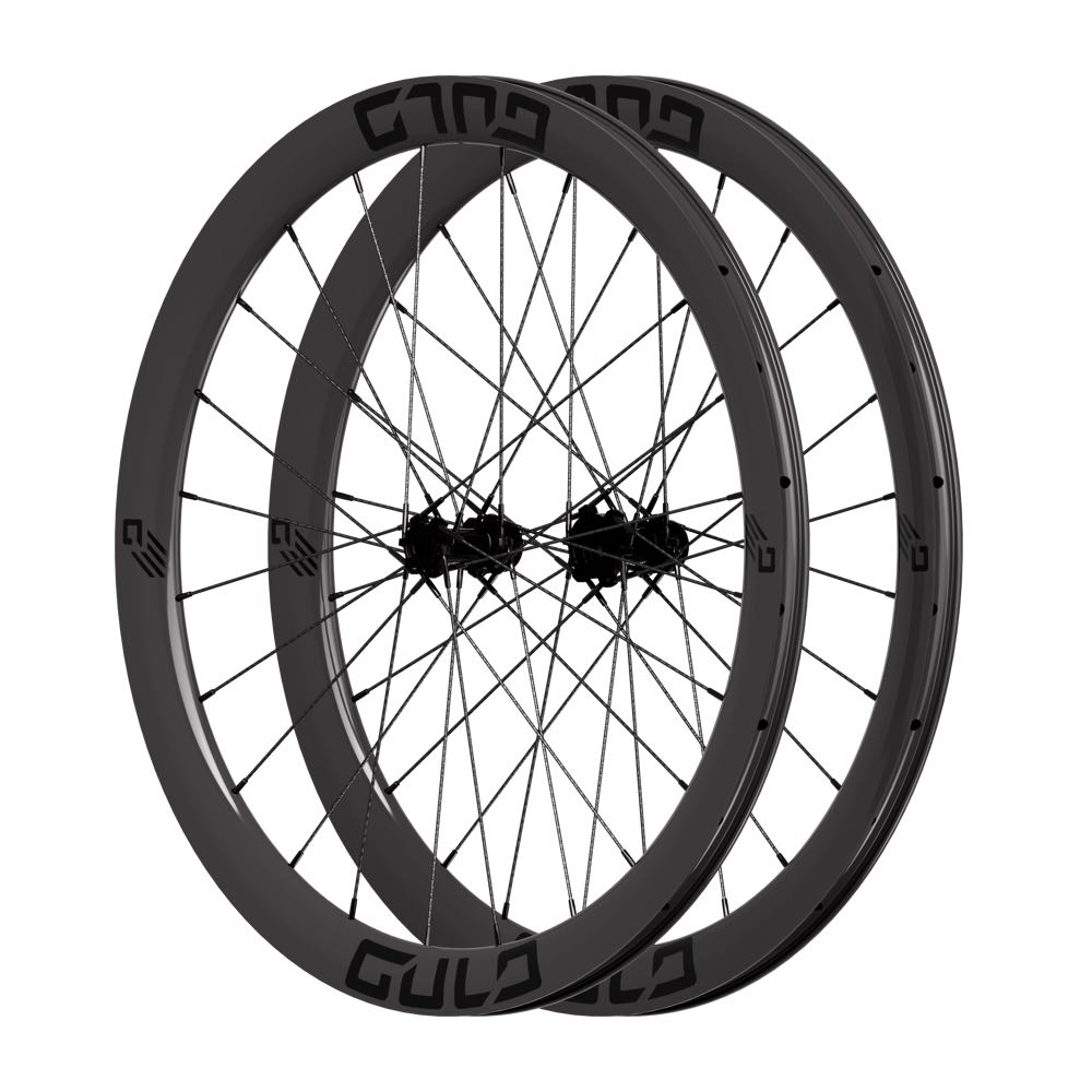 carbon fiber road bike wheel set with carbon composite spokes