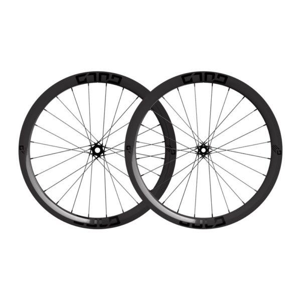 carbon fiber road bike wheel set with carbon composite spokes